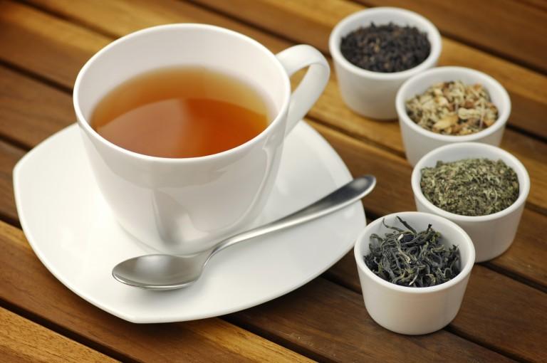 Ceaiuri pentru usurarea neplacerilor menopauzei